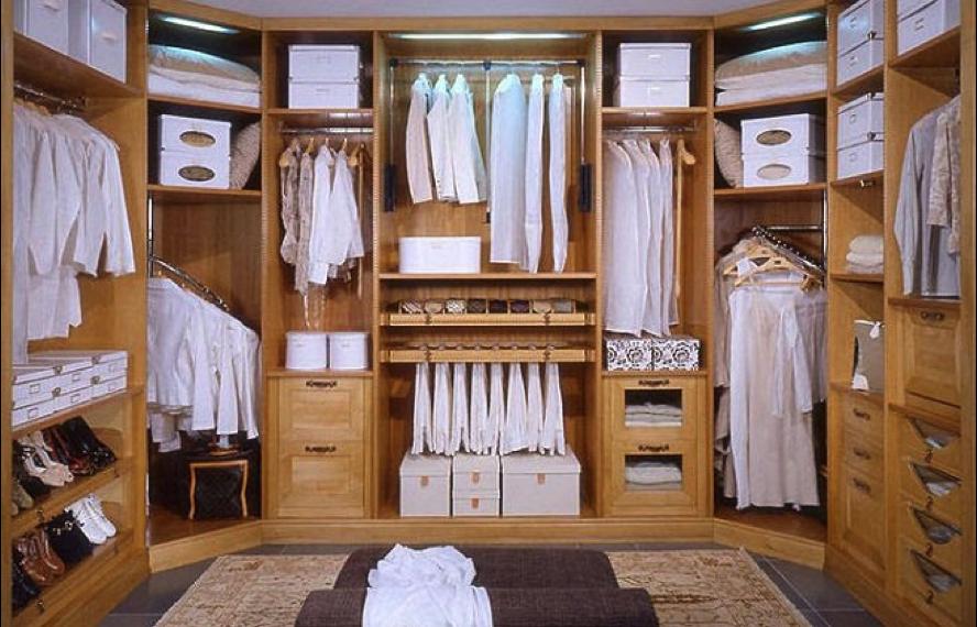 Tu estudio de armario te ayuda a vestir acorde a tus necesidades
